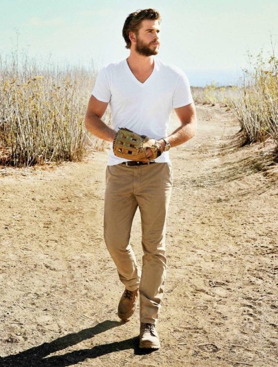 liam hemsworth bulging