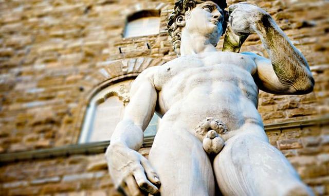 greek statue nude