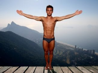 tom daley abs muscles