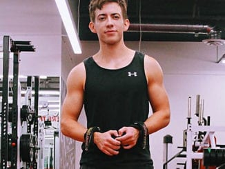 Former GLEE star Kevin McHale is pumped about his new physique