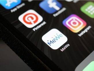 me we social media google plus