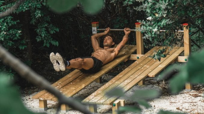 outdoor exercise abs