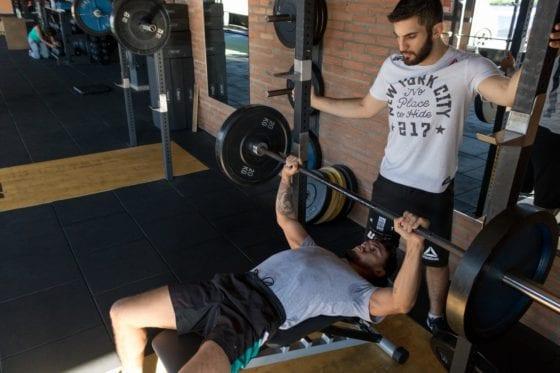 man chest workout
